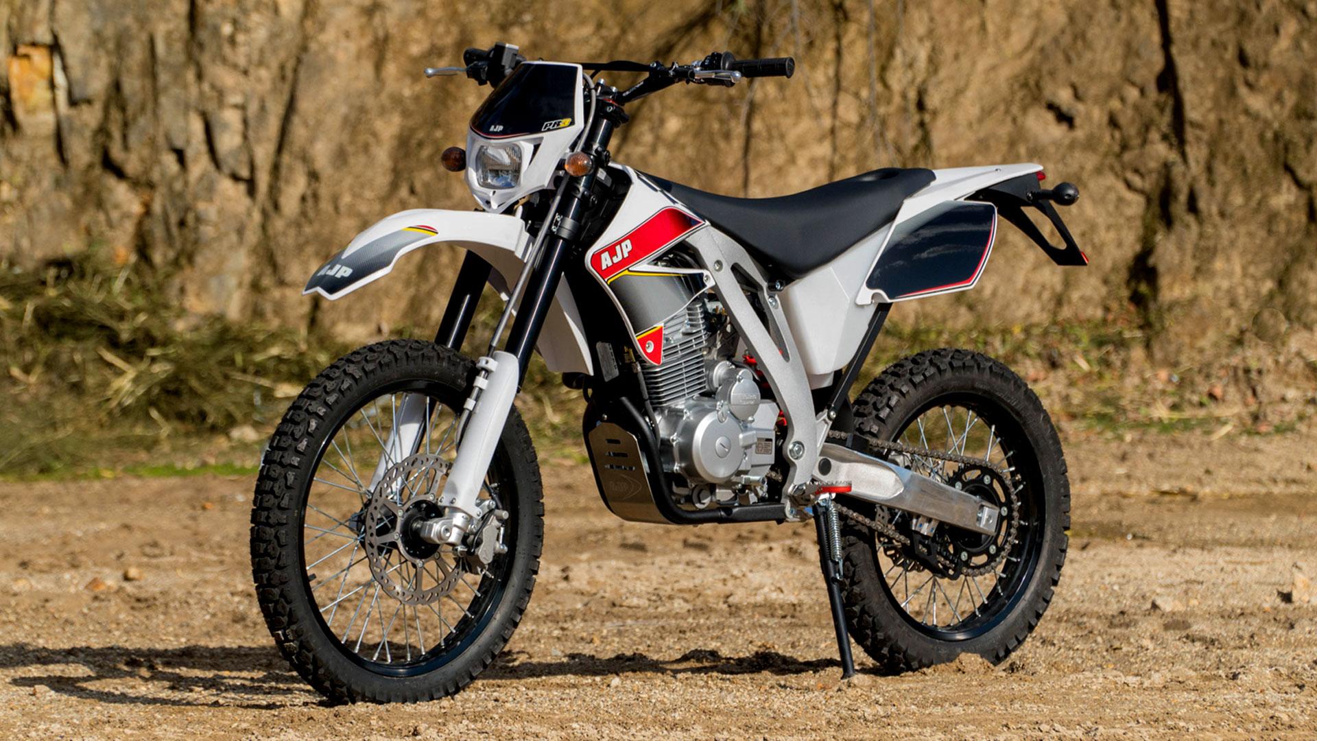 Moto AJP Pr5 - 2014 - R$ 19500.0
